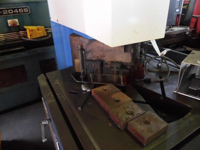 Mazak Corner Shearing Machine