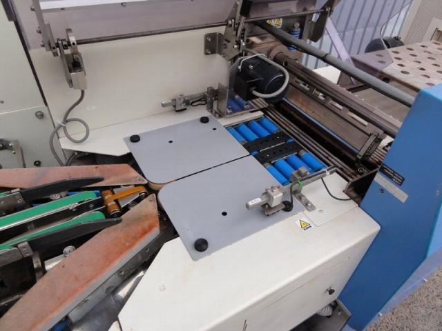 Fujikikai Shrink wrapping machine