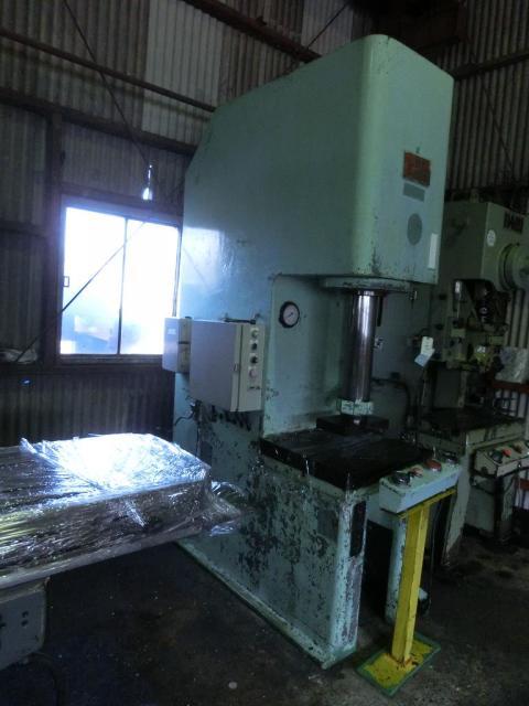 Toyota 20T Hydraulic press