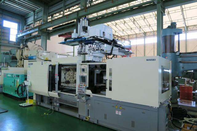Nissei 360T injection molding machine