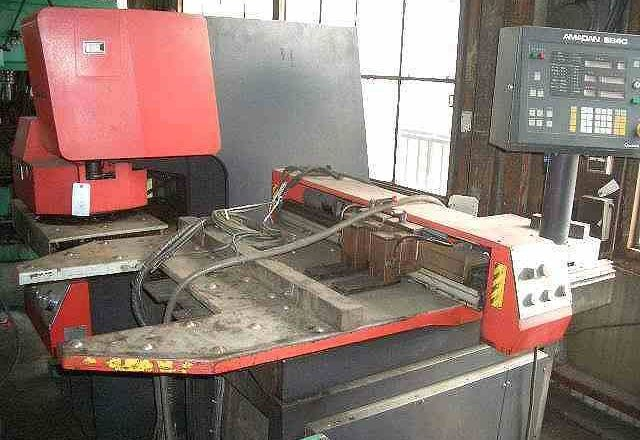 Amada 30T Punch press SP-30 2 1989