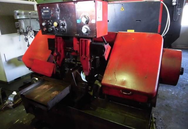 Amada 250mm Band Saw HA-250B 1984