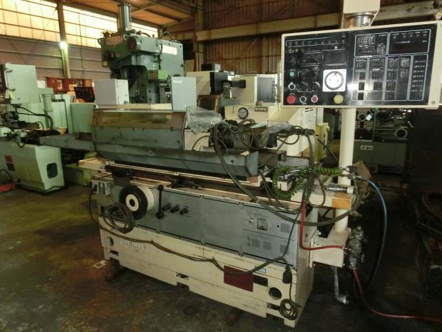Toyota Cylindrical Grinding Machine GOP32-50 1988