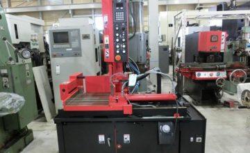 Amada contour machine VM-420 2013