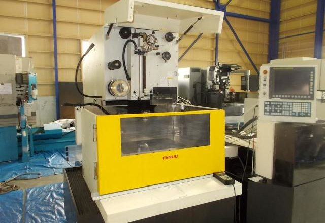 Fanuc Wire-cut machine α-C600iA 2012