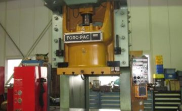 Amada 200T Electric C type press TP-200CX2 1989.