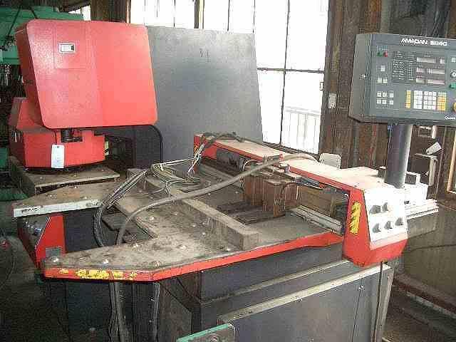 Amada 30T Punch press SP-30 2 1989