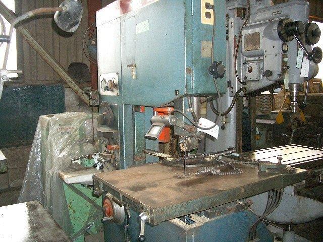 Amada contour machine VA-400 1979