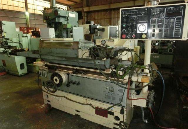 Toyota Cylindrical Grinding Machine GOP32-50 1988